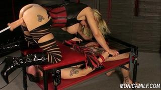 Monicamilf is squiring on her femdom serf - norwegian kink