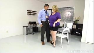 Sexy bbw breasty boss kimmie kaboom bonks her man employee