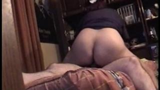 Mi puta exnovia pillada cogiendo con otro puto. se dio cuenta que la grababan.
