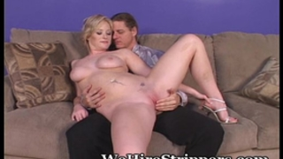 Casting her bawdy cleft for males to fuck