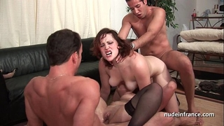 Ffmm 2 honeys hard anal and double penetration fucking in foursome orgy