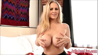 Sexy milf julia ann is a stocking doxy!