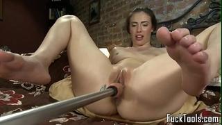 Masturbating non-professional squirts getting toyed