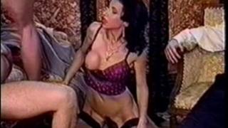 Debora - recent butt in city